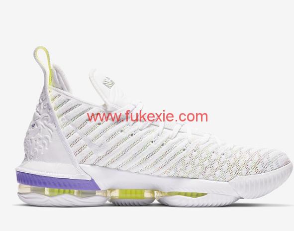 Nike LeBron 16巴斯光年国内发售信息 Nike LeBron 16巴斯光年实物欣赏