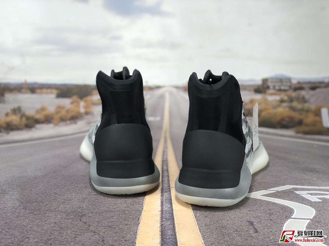 阿迪达斯adidas YEEZY Boost Basketball